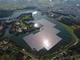 ダムに浮かぶ5万枚の太陽光パネル、日本最大の水上メガソーラー完成