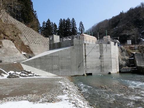 上結東水力発電所