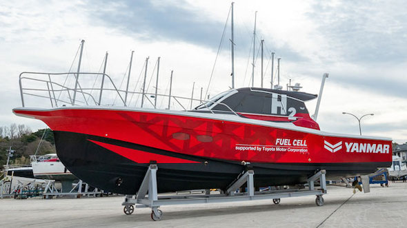舶用燃料電池システム実証試験艇