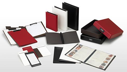 赤 黒 白 茶 合皮カバーのリングバインダーやクリップボード