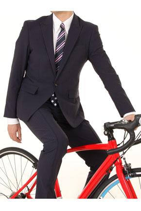 """... 自転車通勤スーツは""""スポーツ"""