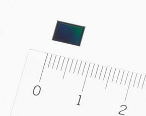 積層型CMOSイメージセンサー
