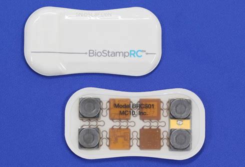 MC10のウェアラブルバイオセンサーモジュール「BioStamp」