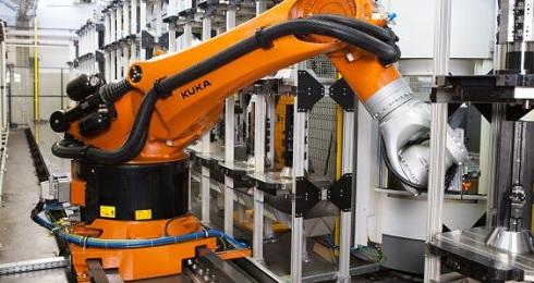 高可搬重量ロボット「KR FORTEC」