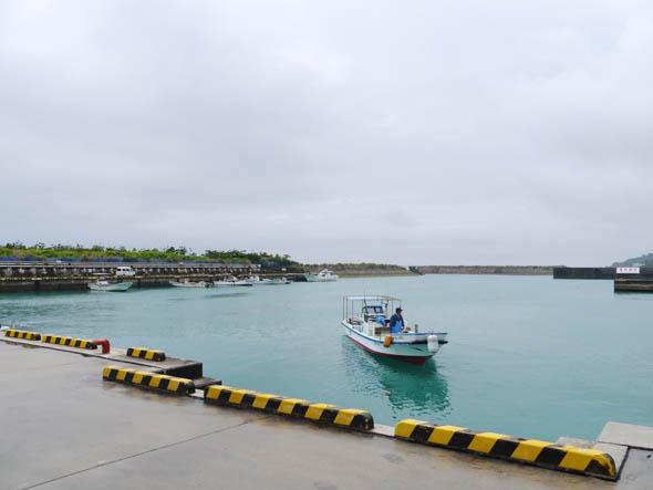 沖縄県南城市にある「志喜屋漁港」で、IoT(Internet of Things)を活用した実証実験が始まった