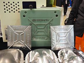 「デジタルモールド・プレス」に用いられる樹脂製金型とプレス成形品