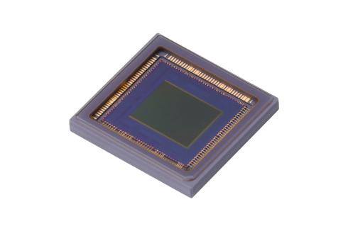 キヤノンが新開発したCMOSセンサー 出典:キヤノン