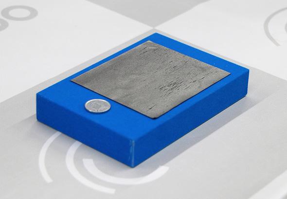 日本ゼオンが発表したシート系熱界面材料