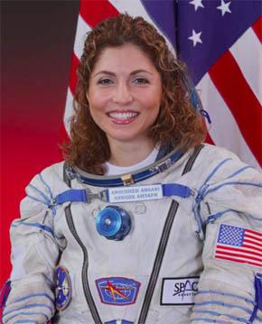 民間女性で世界で初めて宇宙旅行をした実業家/エンジニアのアニーシャ・アンサリ氏