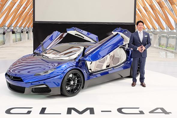 GLM G4とGLM 代表取締役社長 小間裕康氏
