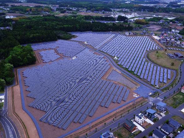 ドローンによる点検を初めて実施した「春の木ソーラー発電所」