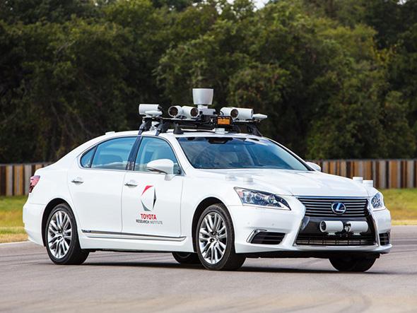 改良版の自動運転実験車両(クリックして拡大) 出典:トヨタ自動車