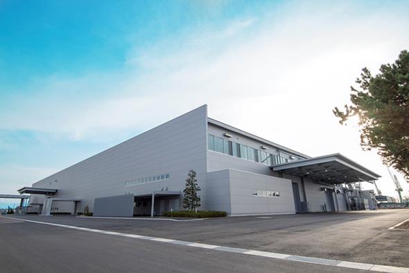 「真空バルブ・遮断器新工場」外観 出典:三菱電機