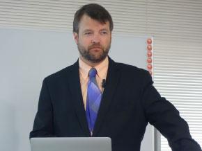 VESA コンプライアンス・プログラム・マネージャー Jim Choate氏