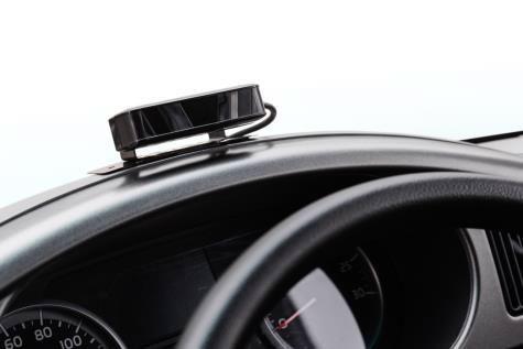 後付けドライバーステータスモニターの装着例
