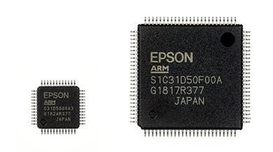 「S1C31D50」(パッケージタイプ:TQFP12-48pin、QFP15-100pin) ※出典:セイコーエプソン