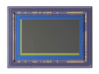35mmフルサイズ超高感度CMOSセンサー「35MMFHDXSCA」