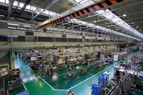 大みか事業所の生産ライン(出典:日立製作所)