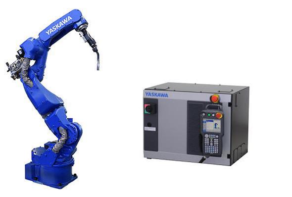 「MOTOMAN-AR1440E」と「YRC1000」コントローラー 出典:安川電機