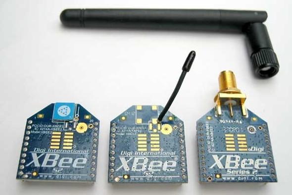 XBeeモジュール(左からチップ、ワイヤー、RPSMA)