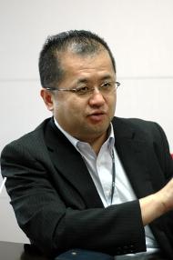 電通国際情報サービスの佐藤博之氏
